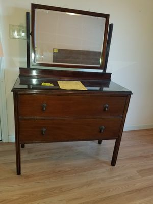 Antique Mahogany dresser for Sale in San Jose, CA