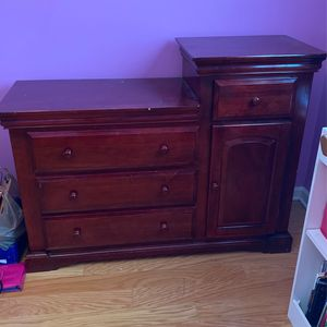 Changing Table for Sale in Lithia Springs, GA