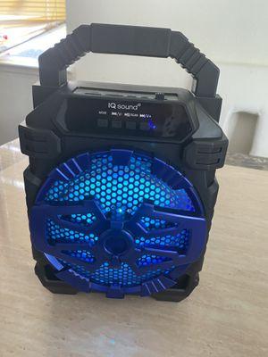 """Portable Bluetooth speaker new in box 6"""" for Sale in Modesto, CA"""