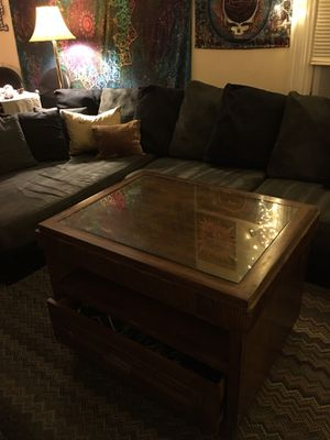 FREE TV stand/ side table for Sale in Hoquiam, WA