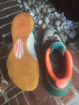 """Nike """"Easy Monys"""" 9 for Sale in Raleigh, NC"""
