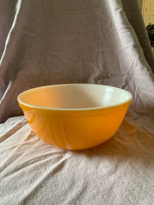 Vintage pyrex bowl for Sale in Aurora, CO