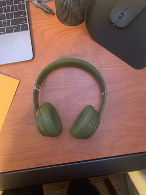 Beats Solo 3 Wireless Headphones for Sale in Ann Arbor, MI