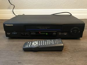 Panasonic 4 head hi-fi stereo omnivision vcr plus VHS player model vp-v4611 with remote for Sale in Chandler, AZ