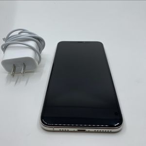 IPhone 11 Pro Max 256GB White Unlocked for Sale in Queens, NY