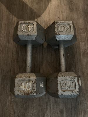 Cast iron Hex Dumbbells 40lbs set (80lbs total) for Sale in Tampa, FL