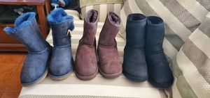 Ugg boots use but in Good Condition All for 100 Size 6 but fit 6 To 7 for Sale in Montebello, CA