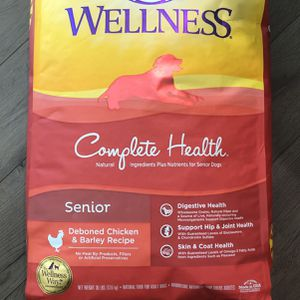 Wellness Senior Dog Food 30lbs for Sale in Clearwater, FL