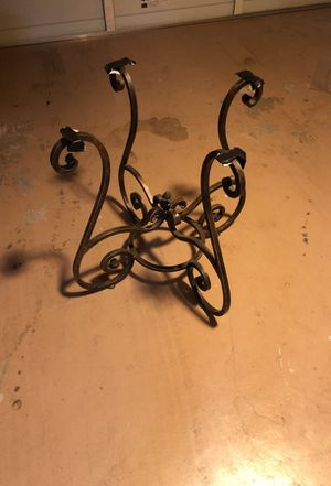 Iron base round pine table for Sale in Scottsdale, AZ