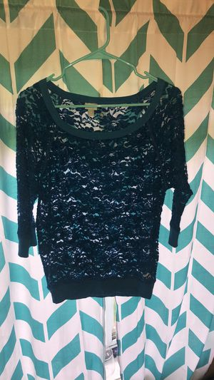 Blue long-sleeved top size medium for Sale in Kearney, NE