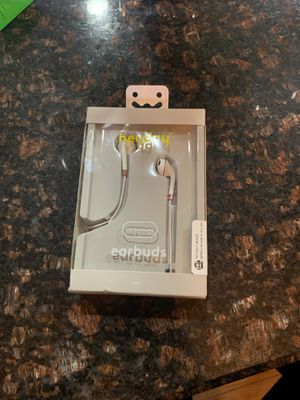 Hey day earbuds for Sale in Southfield, MI
