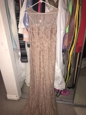 Beautiful Sparkly Long Pink PROM dress (Size: 8) for Sale in Los Angeles, CA
