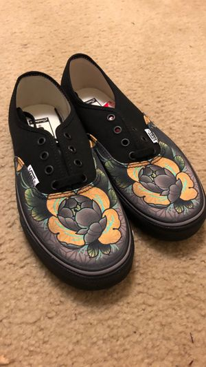 CUSTOM VANS for Sale in Frederick, MD