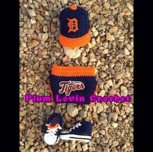Detroit Tigers outfit for Sale in Henderson, NV