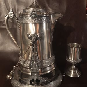 Antique Silver Plated Tilting Water Pitcher for Sale in Middleport, NY