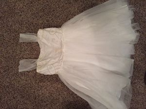 Size 8 occasion dress / flower girl for Sale in Pickerington, OH