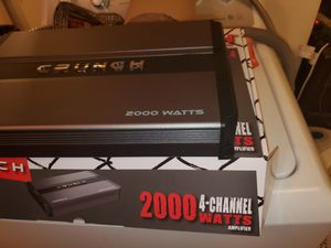 CRUNCH 2000WATTS 4 CHANNEL CAR AMPLIFIER PERFECT FOR DOOR SPEAKERS AND OR CHUCHERO BOXES for Sale in Bronx, NY