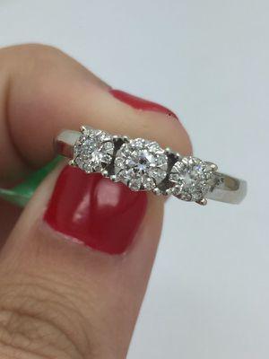 Diamond ring 18k white gold for Sale in Miami, FL