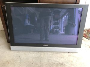 """Panasonic TV 42"""" for Sale in Maple Valley, WA"""