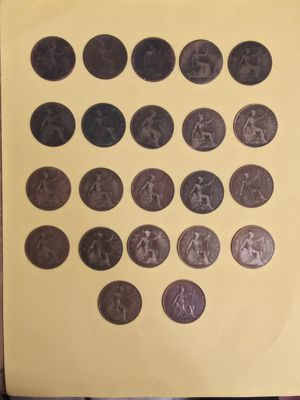 Very Old Big Pennies 1800's 1900's for Sale in Pasadena, TX
