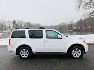 CHEAP MINT 2005 Nissan Pathfinder for Sale in Manchester, CT