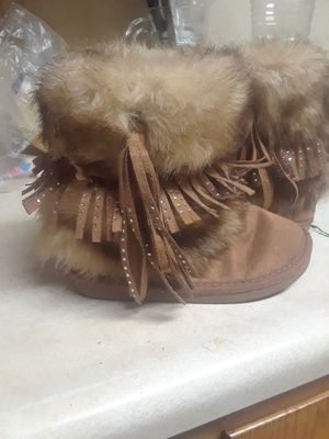 12 c girls Justin boots for Sale in Louisville, KY