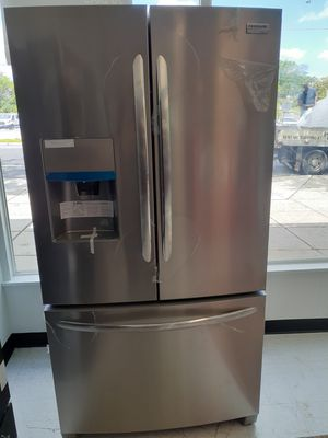 Frigidaire stainless steel French door refrigerator new with 6 months warranty for Sale in Mount Rainier, MD