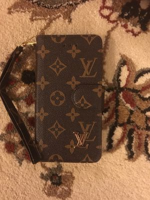 iPhone 8 Plus wallet case for Sale in Midlothian, VA