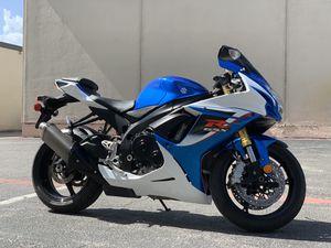 2014 Suzuki Gsxr 750 WE FINANCE ALL CREDIT TYPES Mint Motorcycles, Dallas Tx for Sale in Dallas, TX