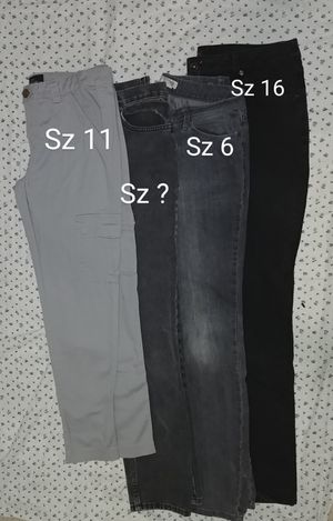 Jeans for Sale in Laton, CA