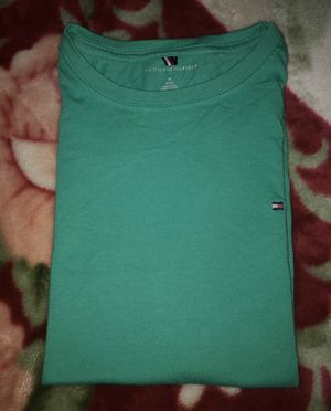 Plain Green Tommy Hilfiger Shirt - Very Good Condition (Like New Just Bad Pictures) - Size : Medium Youth for Sale in Los Angeles, CA