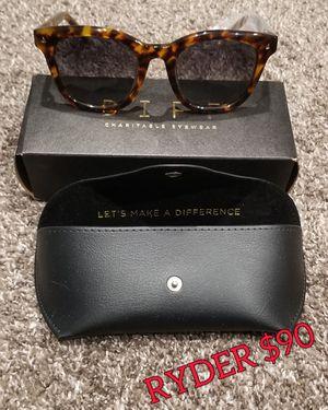 DIFF sunglasses for Sale in Lisle, IL