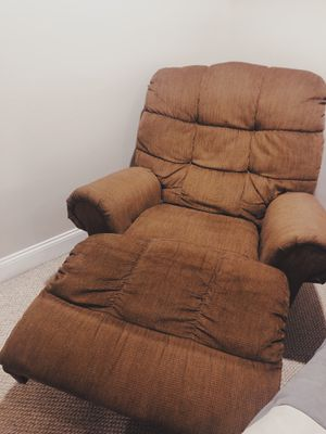 Couch / Sofa with matching recliner chair for Sale in Secaucus, NJ