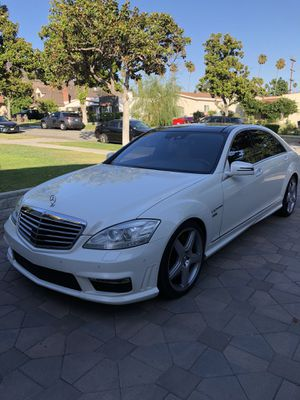 Parting Out! 2010 Mercedes S600 V12 for parts! for Sale in Rialto, CA