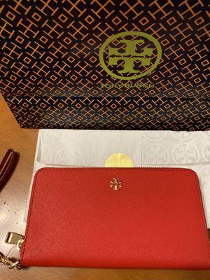 Tory Burch wallet for Sale in San Antonio, TX