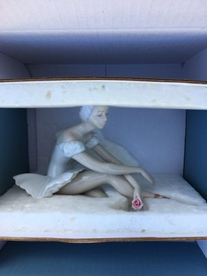 Lladro Rose ballet figurine for Sale in Portland, OR