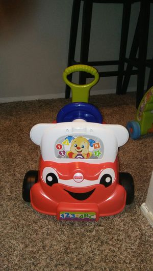 Baby car practically new..must pick up good condition 20.00 for Sale in San Antonio, TX