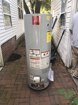 American standards water heater for Sale in Portsmouth, VA