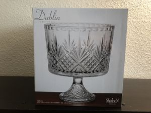Dublin Crystal Salad Bowl/Serving Bowl for Sale in San Diego, CA