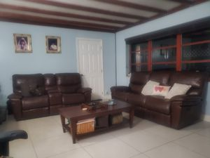 Rooms to go for Sale in Hialeah, FL