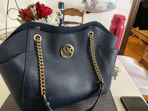 Michael Kors purse for Sale in Quincy, MA