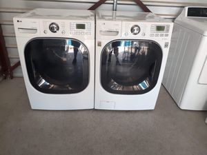 LG washer and gas dryer set with steam settings for Sale in Las Vegas, NV