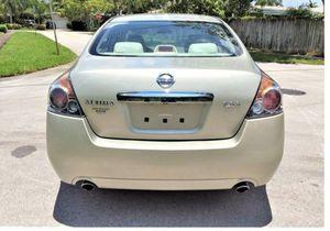 Good2008 Nissan Altima WDWheelsClean-WWWHHELLLLSSSSS for Sale in Jacksonville, FL