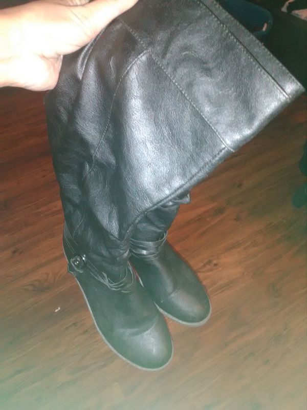 Black tall boots Never worn