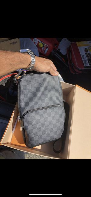 Louis Vuitton sling for Sale in Hercules, CA