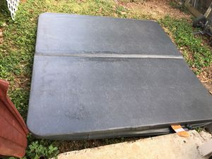 Hot tub cover for Sale in Homestead, FL