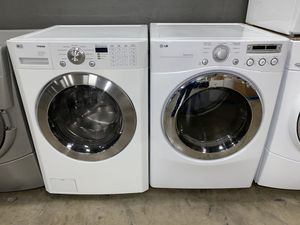 LG LARGE CAPACITY STACKABLE WASHER DRYER ELECTRIC for Sale in Vancouver, WA