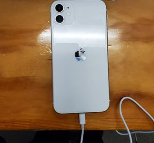 iPhone 11 unlocked for Sale in San Francisco, CA