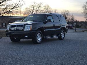 2002 Cadillac Escalade 3rd row seat loaded for Sale in Fredericksburg, VA