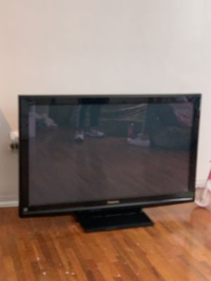 42' Panasonic tv for Sale in North Bay Village, FL